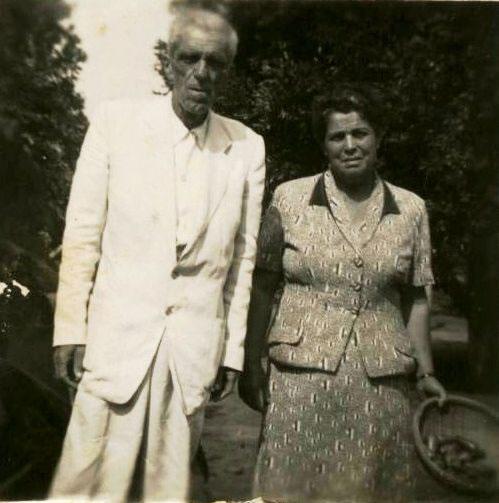 casal-mesquita-em-luclia-nov-1956_jpg